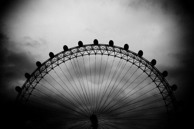 293809__black-and-white-london-eye-sky_p