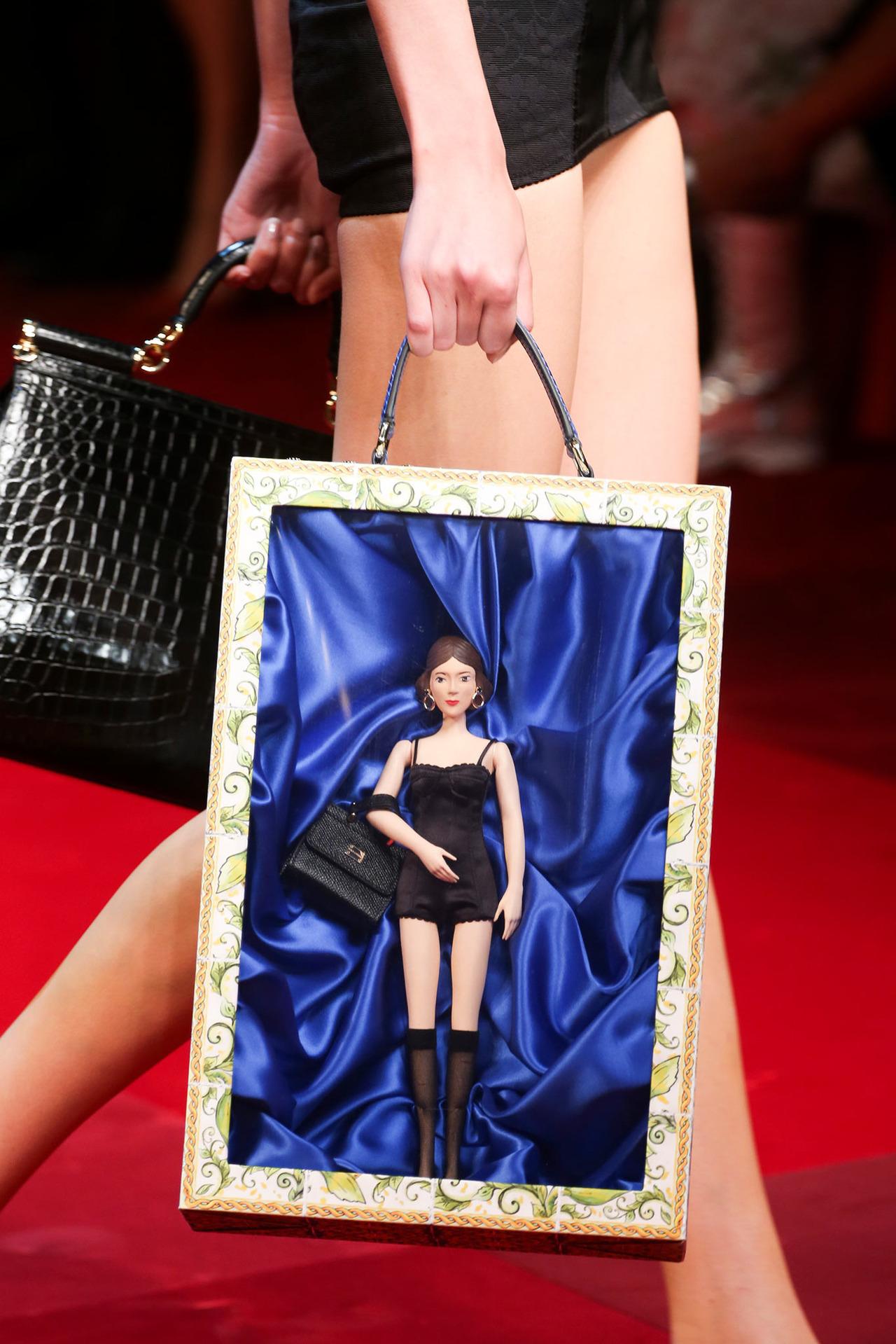 DAILY LOVE, LA PASSIONE DEL GIORNO: Dolce & Gabbana doll bag