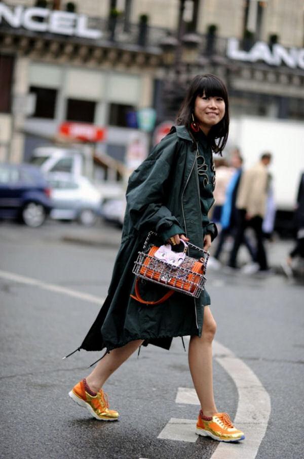 London Fashion Week 2015 street style.